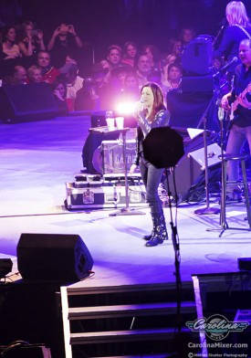 01_martina_mcbride_carolina_mixer_2013